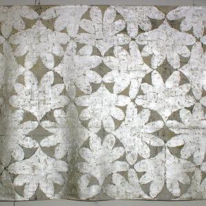 Silverleaves. B: 325 cm H: 260 cm. 2006. Foto: Fidel Korda. Innkjøpt av Nordenfjeldske Kunstindustrimuseum.